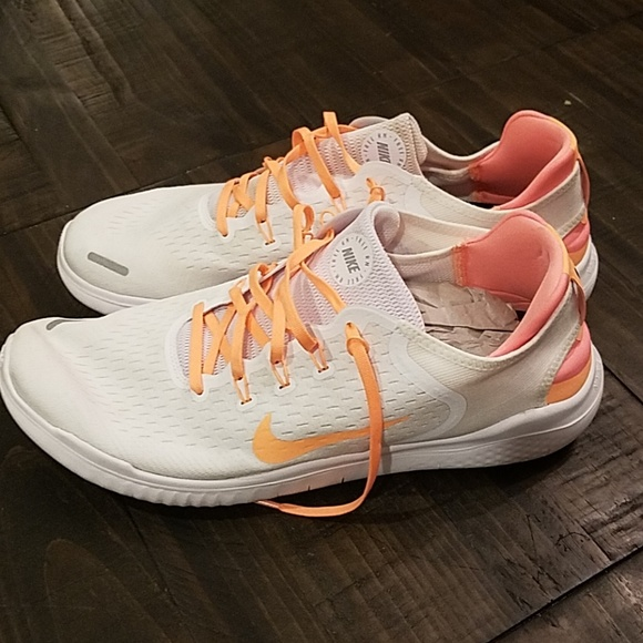 c921a794d0 Nike ID Free Mens Running shoe AT4154-991
